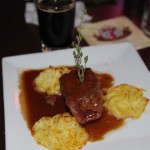 https://peaksandpints.com/wp-content/uploads/2015/05/7-Seas-Brewing-dinner-at-The-Swiss-Braised-Short-Ribs.jpg