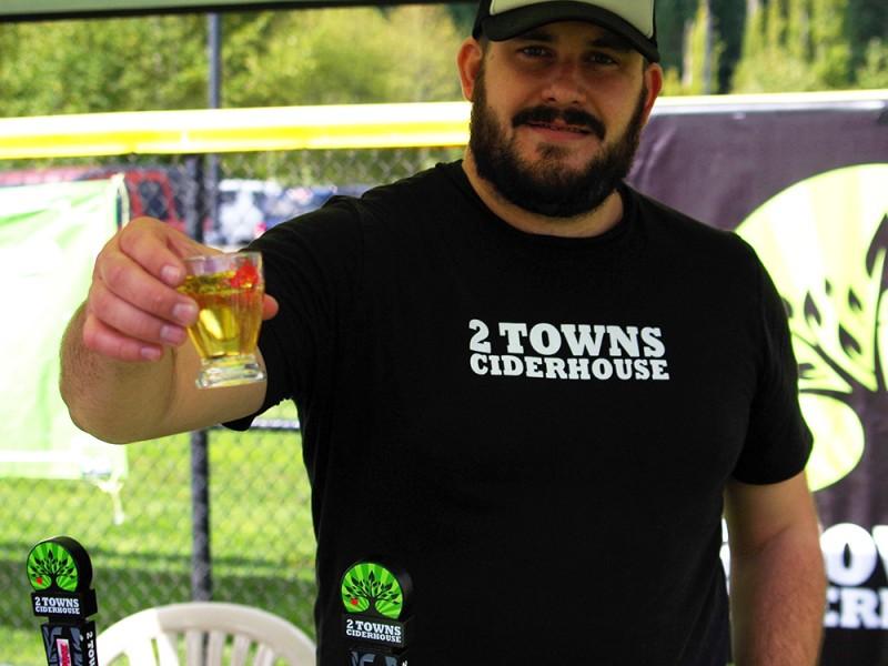 Cider-Swig-2015-Gig-Harbor-2-Towns-Ciderhouse