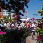 Bremerton-Summer-BrewFest-flower-people