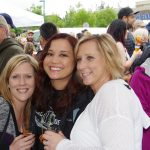 Gig-Harbor-Beer-Festival-friends