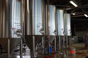 7-Seas-Brewing-Tacoma-opening-fermenters