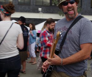 Olympia-Brew-Fest-2016-rocking-the-crowd