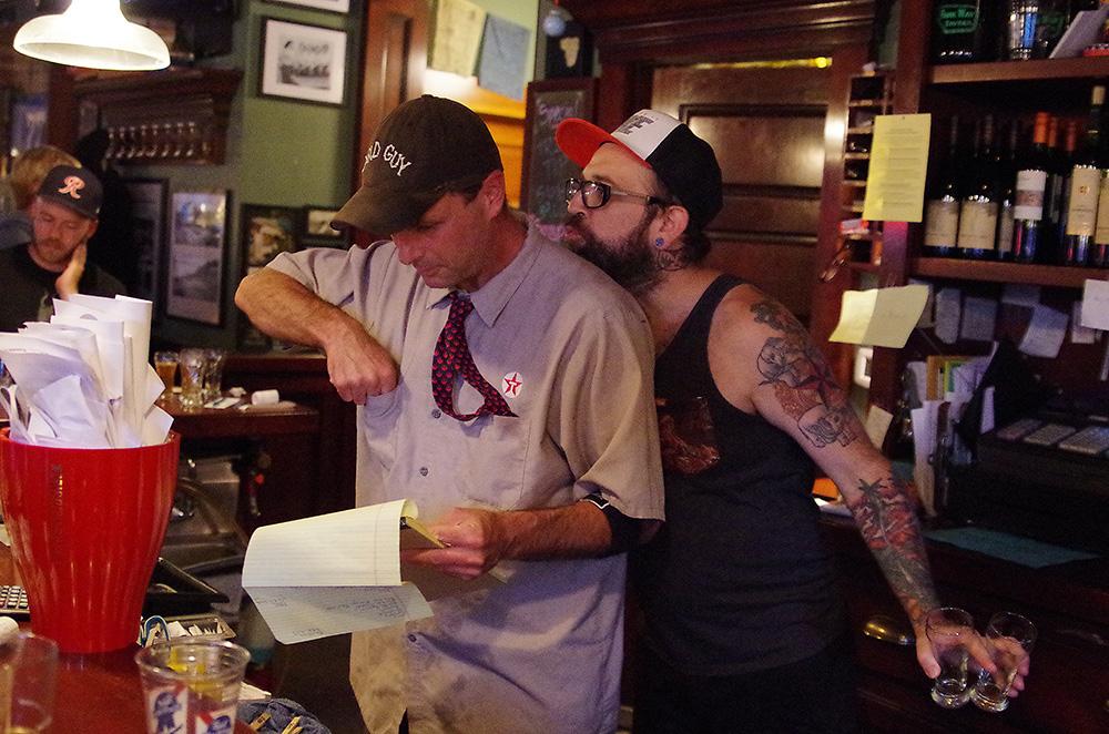 Parkway-Tavern-Tacoma-Brewers-Blind-IPA-Challenge-bartender-Nicholas