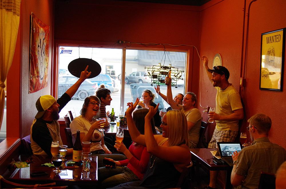 Sudspop-The-Beatles-Revolver-in-Beer-Tacoma-singing