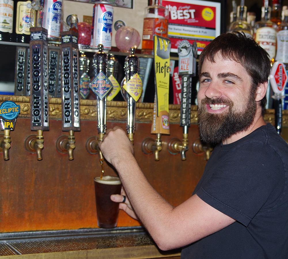 Tacoma-Beer-Week-2016-Game-Night-The-Swiss-bartender-Monkey