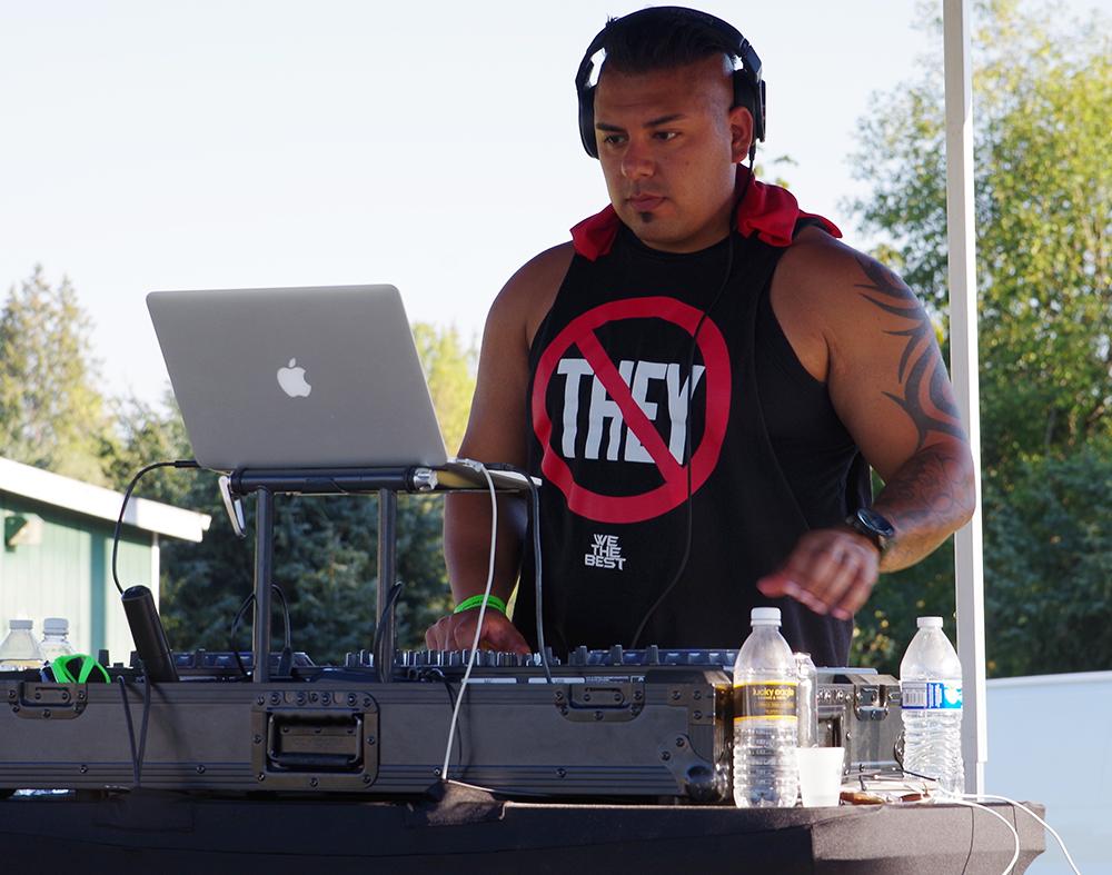 Tumwater-Artesian-Brewfest-2016-DJ-We-The-Best