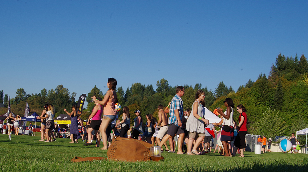 Tumwater-Artesian-Brewfest-2016-grass-dance