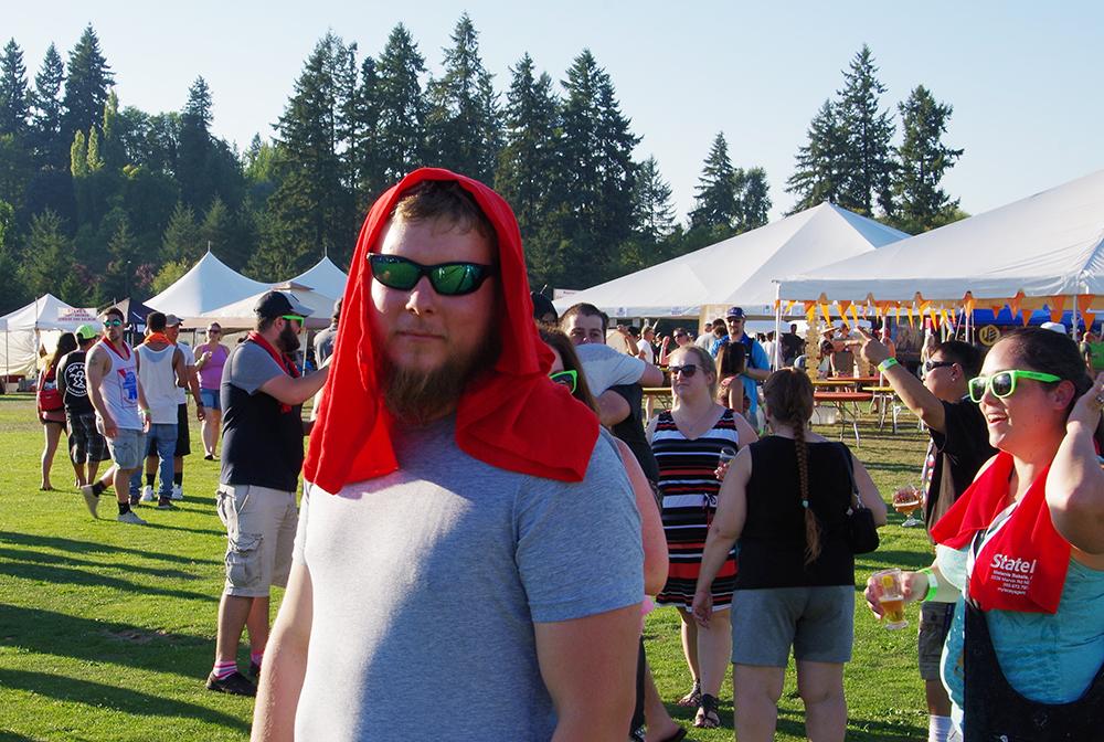 Tumwater-Artesian-Brewfest-2016-towel-head
