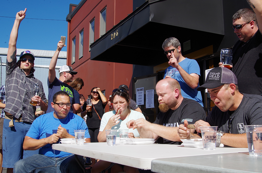 silver-city-brewery-20th-anniversary-party-sausage-eating-contest