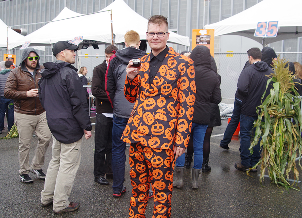 elysian-brewing-great-pumpkin-beer-festival-pants