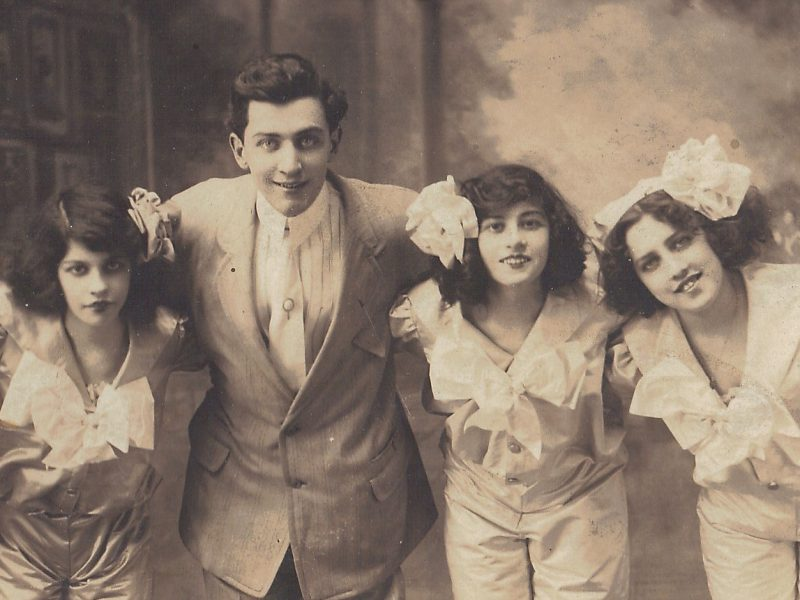 lord-franzannian-royal-olympian-spectacular-vaudeville-show