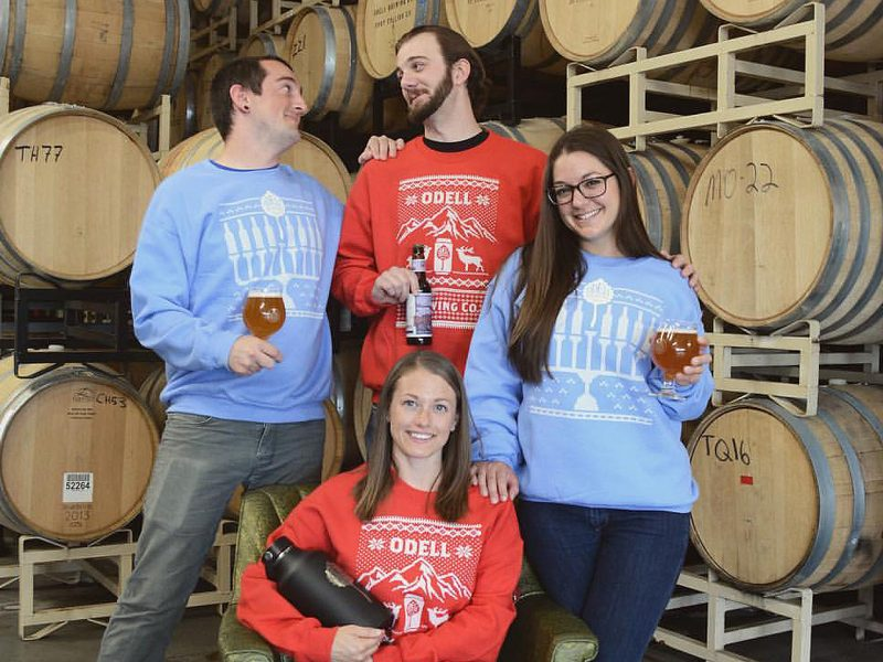 peaks-and-pints-instagram-stalker-holiday-sweaters