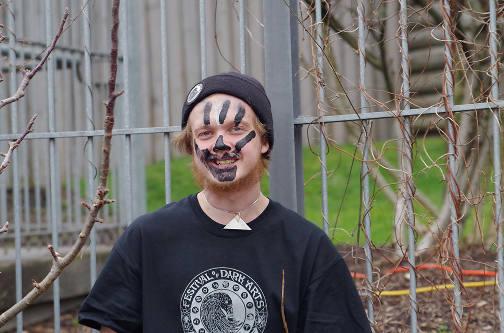 Fort-George-Brewery-Festival-of-the-Dark-Arts-face-paint