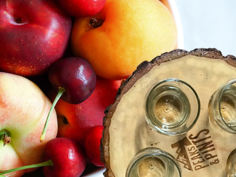 Craft-Beer-Crosscut-10-2-17-A-Flight-of-Stone-Fruit