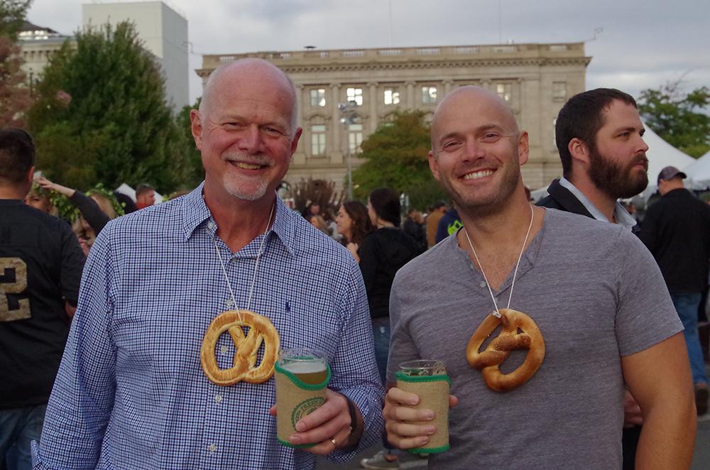 Fresh-Hop-Ale-Festival-Yakima-pretzel-guys