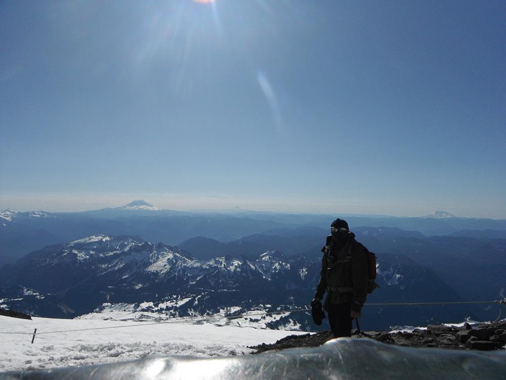 Hiking-Camp-Muir-top