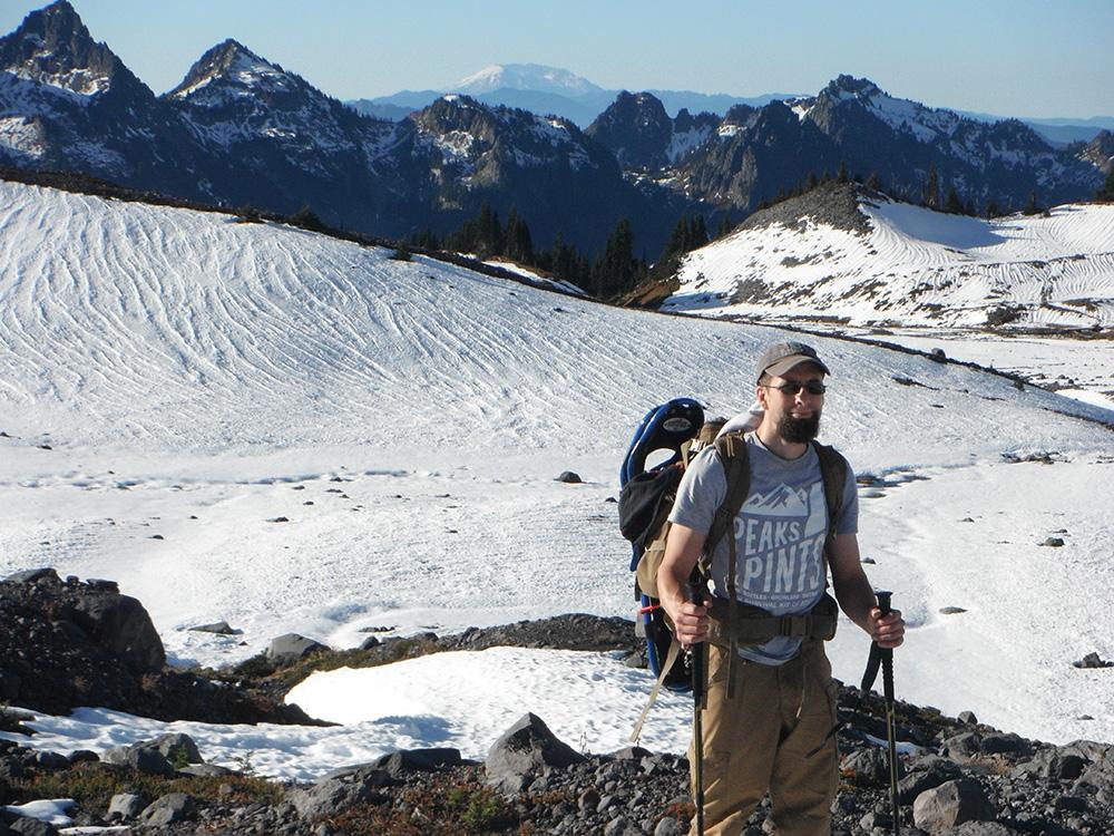 Hiking-The-Paradise-Glacier-Loop-Seeker-Vulture