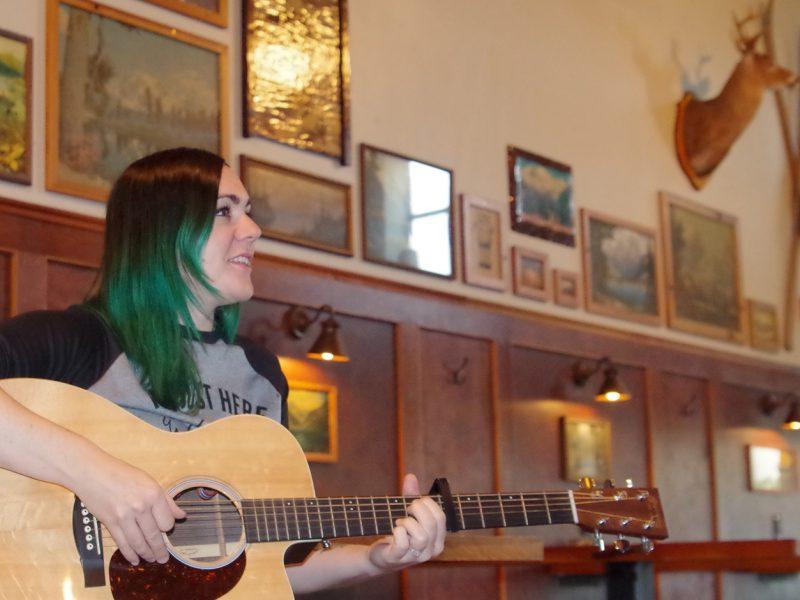 Singer-songwriter-Kristen-Marlo