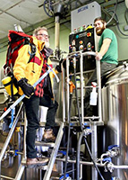 Two-Beers-Proctor-Peaks-IPA-Tacoma