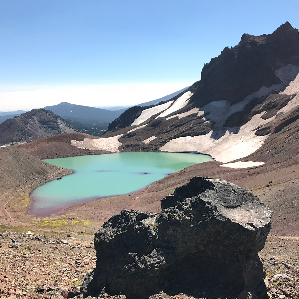 Broken-Top-Trail-No-Name-Lake