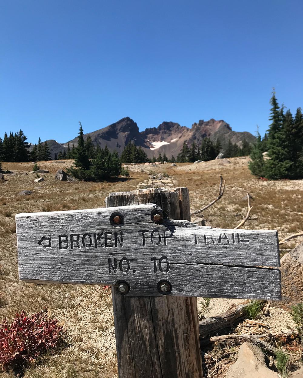 Broken-Top-Trail-broken-sign