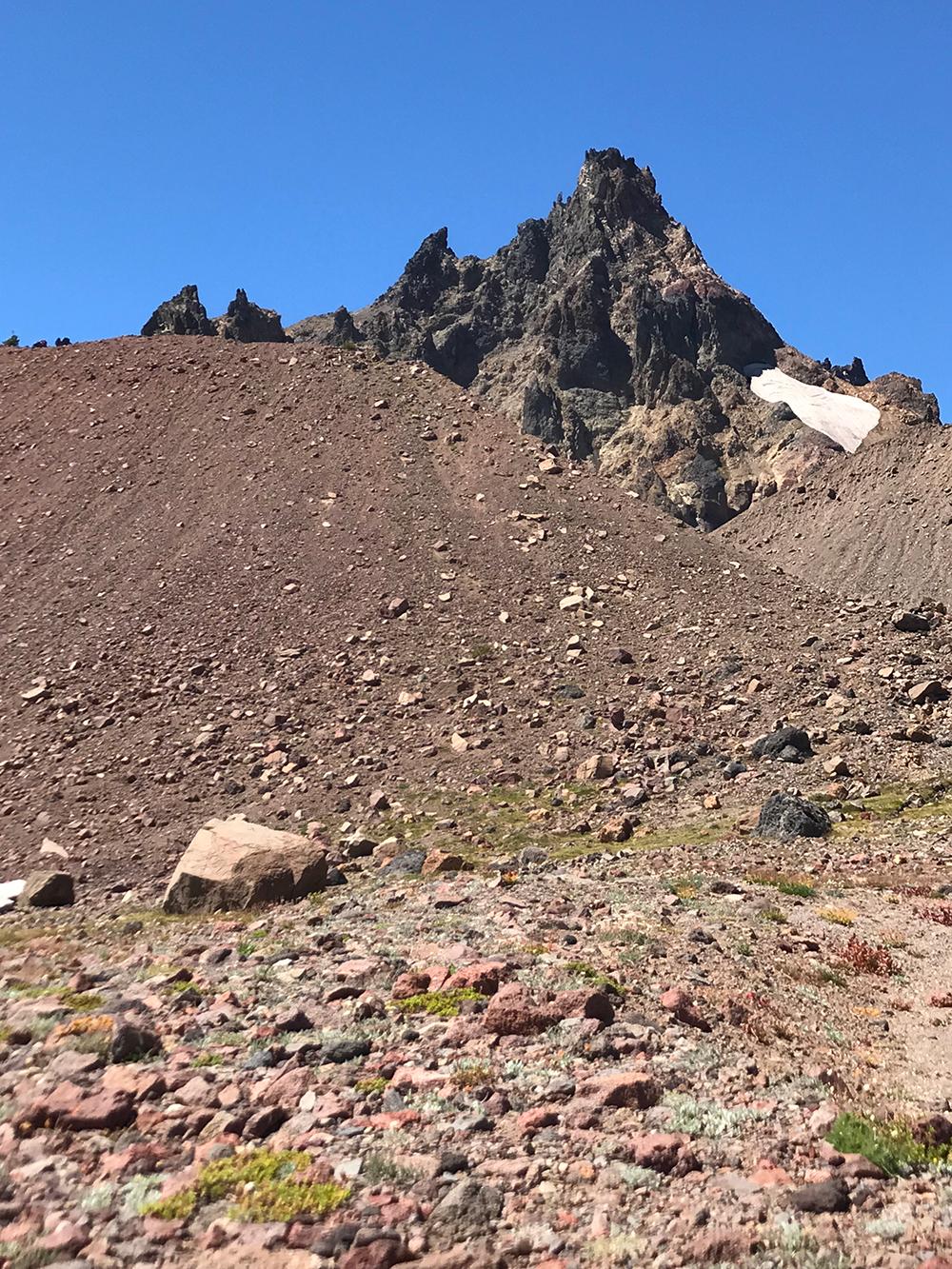 Broken-Top-Trail-dirt