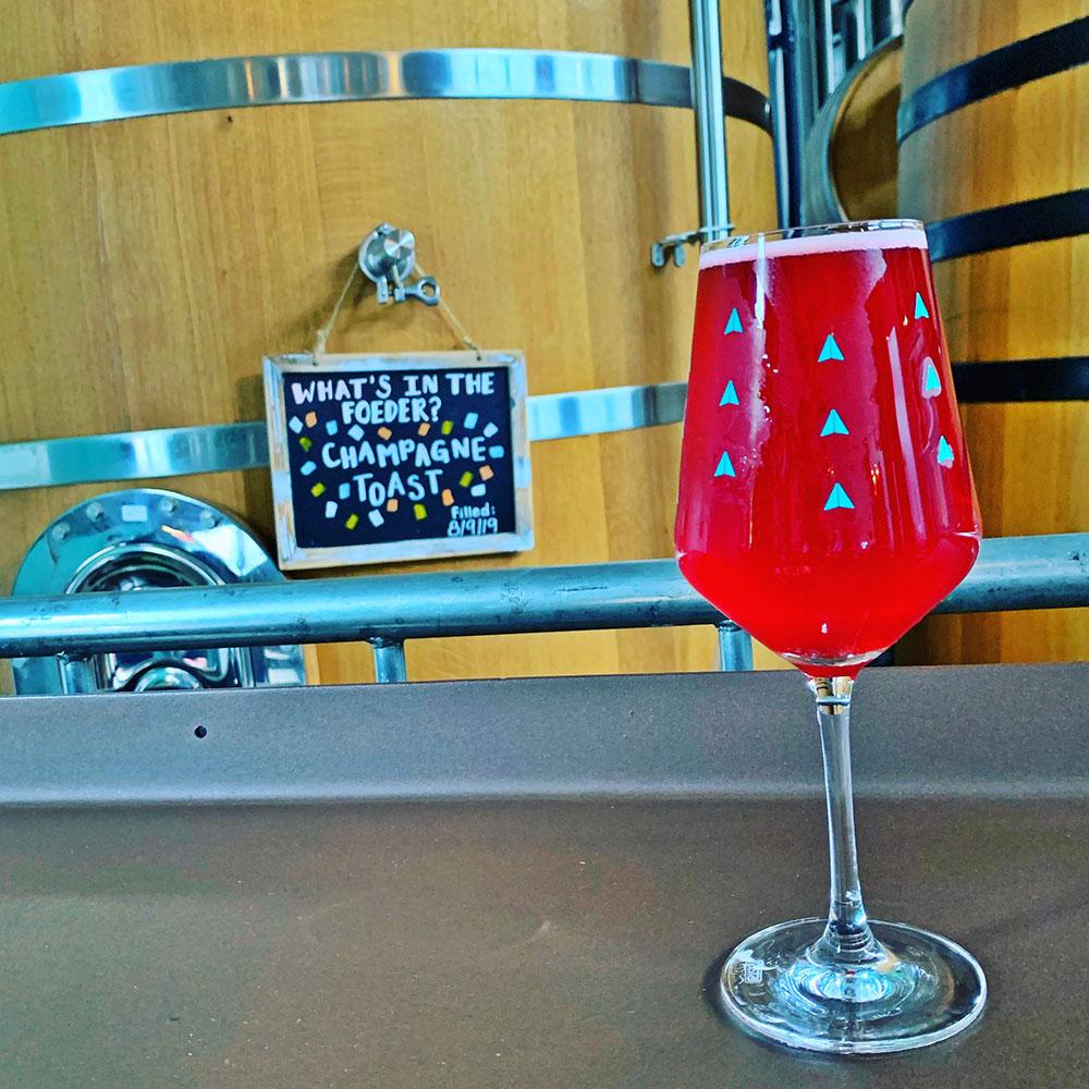 Wander-Raspberry-Champagne-Toast-Tacoma