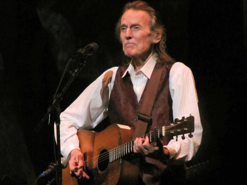 6-Pack-Calendar-Gordon-Lightfoot-8-10-20