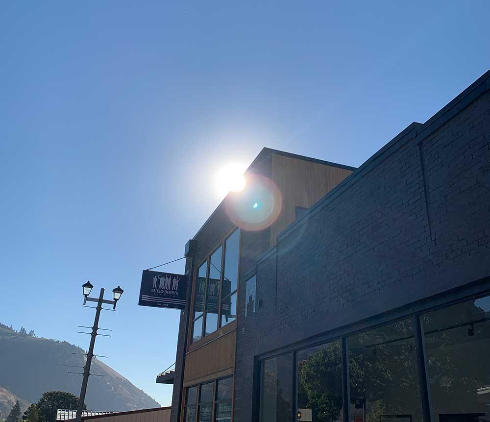 Everybodys-Brewing-Columbia-Gorge